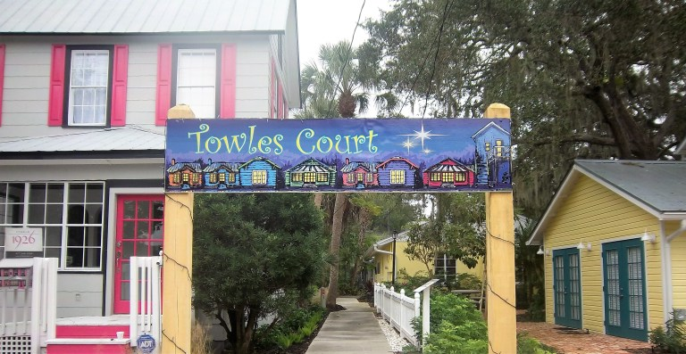 Towles Court Artist Colony in Sarasota, FL