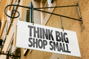 Small business saturday, ultimate guide to shopping local in Bradenton and Sarasota, Florida